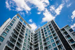 In Immobilien investieren_Titelbild