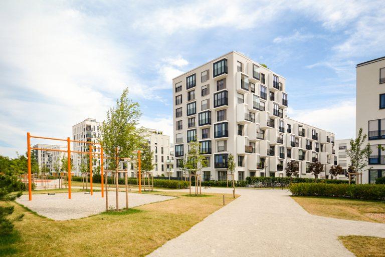 Wohnung an Flüchtlinge vermieten - Titelbild