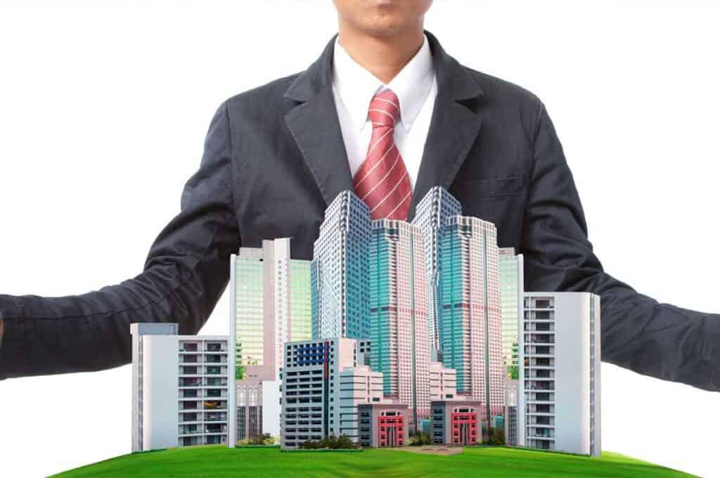 Alex Fischer Duesseldorf erklärt den Immobilienberuf Immobilienverwalter