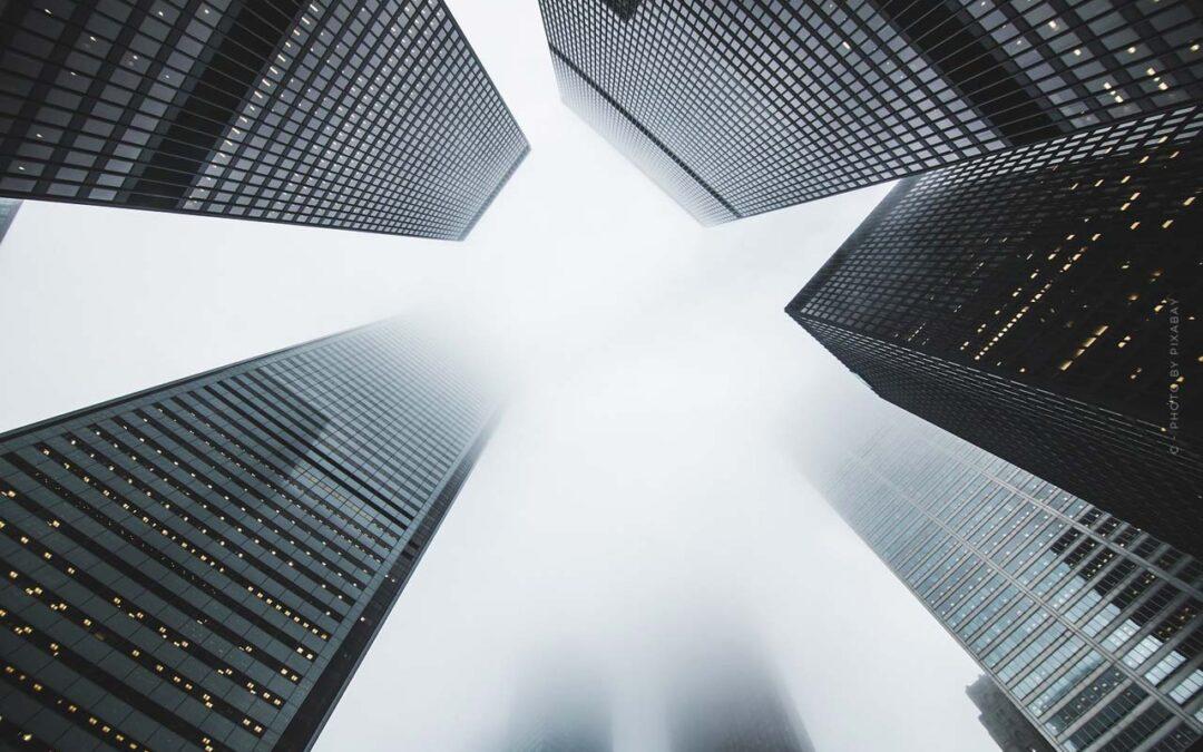 Immobilien in der Inflation: Erklärung, Ursachen & Folgen