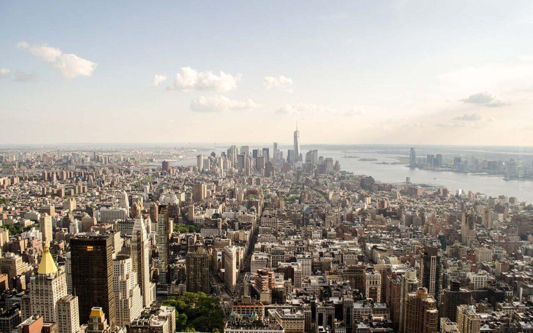Investieren in den USA: Immobilie, Unternehmen, Aktien, ETF – Finanztip und Empfehlung