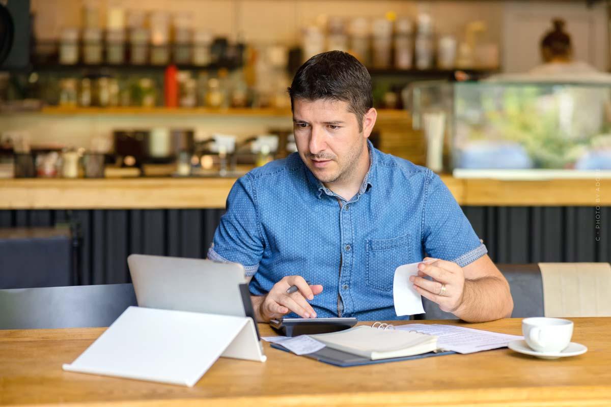 Steuererklärung Kleinunternehmer: Fristen, Formulare für Deine Firma + Steuersoftware Tipps
